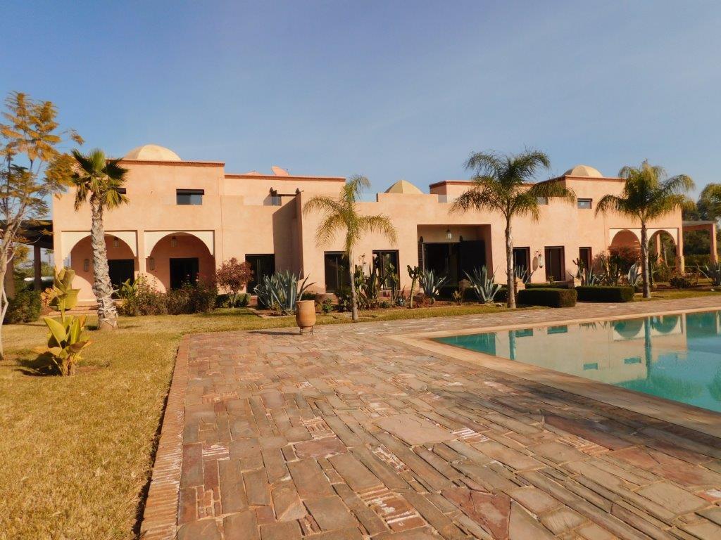 Belle propriété à vendre - Route Ouarzazate -