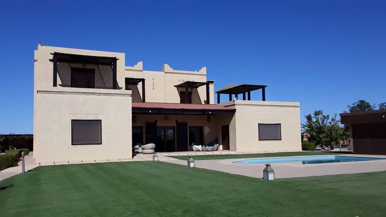Villa à vendre - proche Golfs -