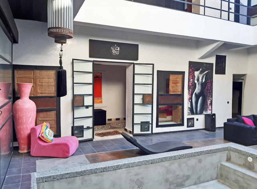 Riad renové à la vente –Quartier Palais Bahia