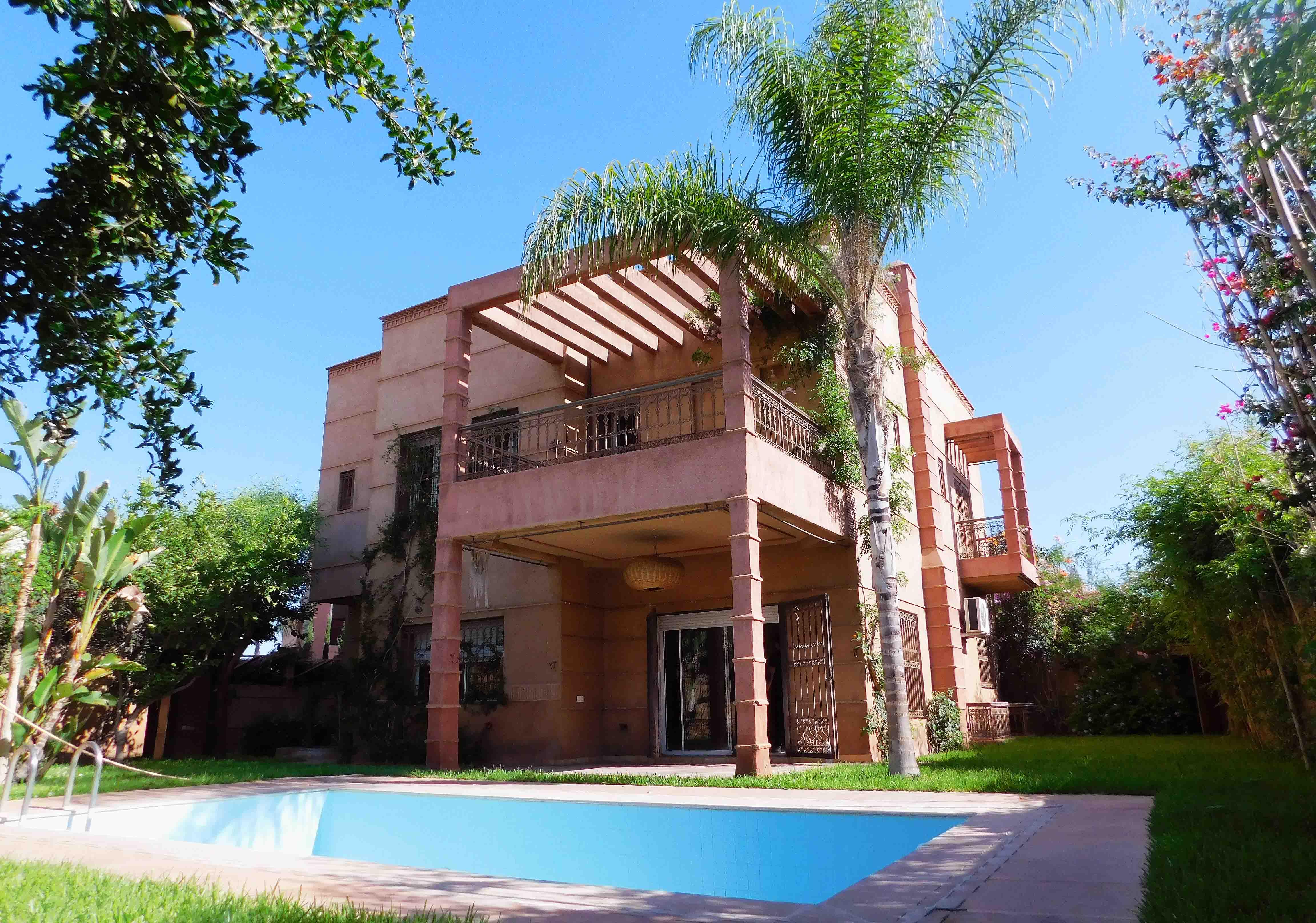 Villa TARGA à VENDRE - 7 Chambres
