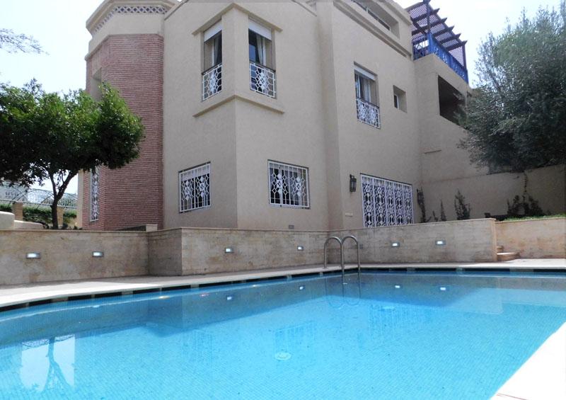 Villa 4 chambres en Résidence Sécurisée A VENDRE