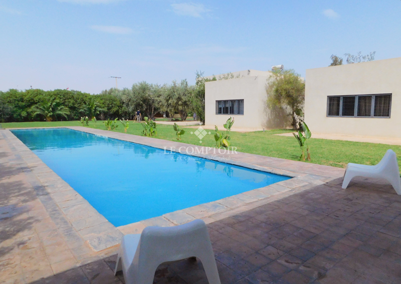 VILLA INDIVIDUELLE A LA LOCATION-ROUTE DE FES-MARRAKECH-